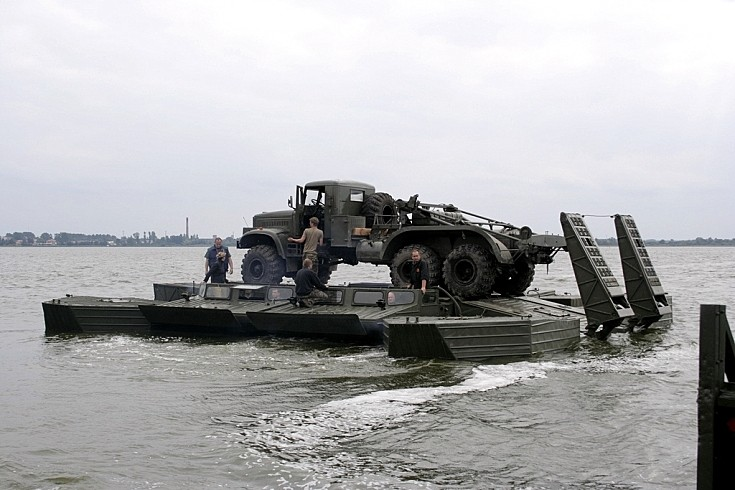 2 x GSP-55 & KrAZ on the water