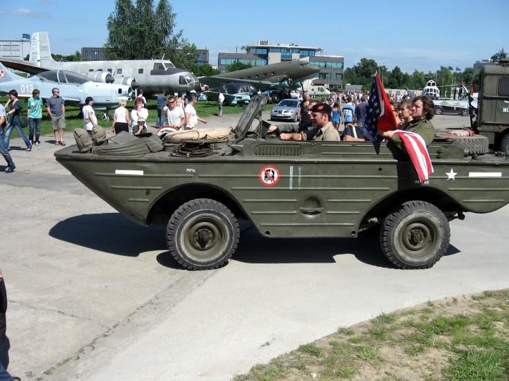 GAZ-46 at gathering in Krakow