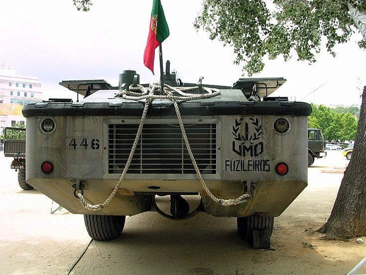 Rear of LARC5 of the Fuzileiros