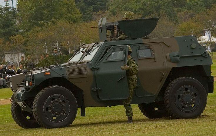 military vehicle photos komatsu lav at jgsdf ordnance school. Black Bedroom Furniture Sets. Home Design Ideas