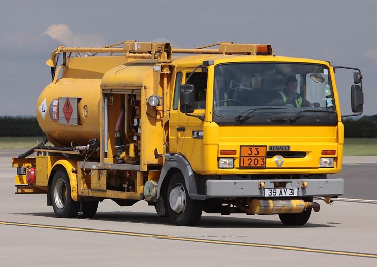 Renault 150 RAF Fuel Bowser