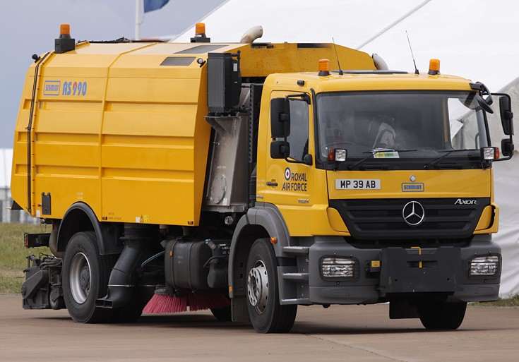 Mercedes Benz AS 990 Runway Sweeper