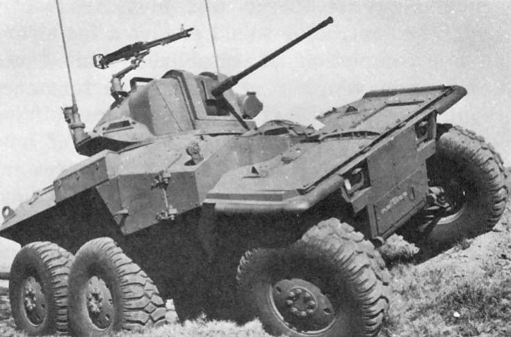 XM-800W