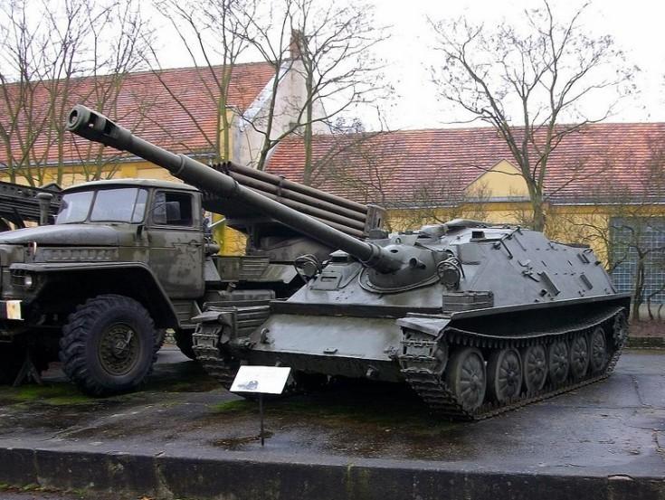 85mm ASU-85 airborne assault gun