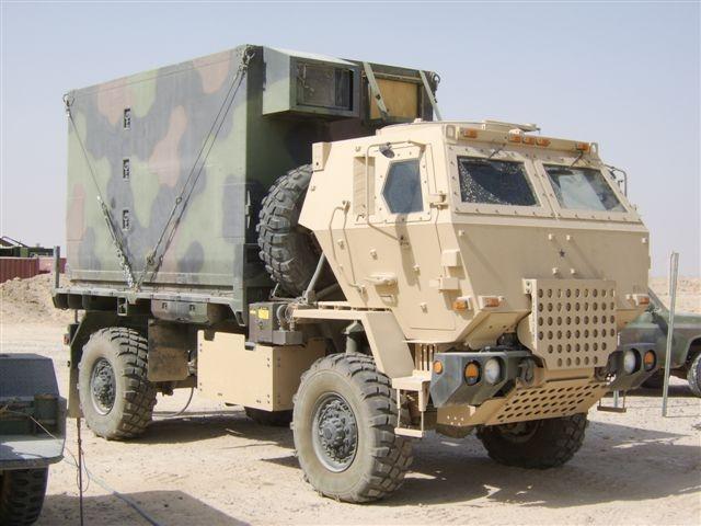 Oshkosh Truck Interior >> Armorama :: Need interior pics from LSAC for M1078