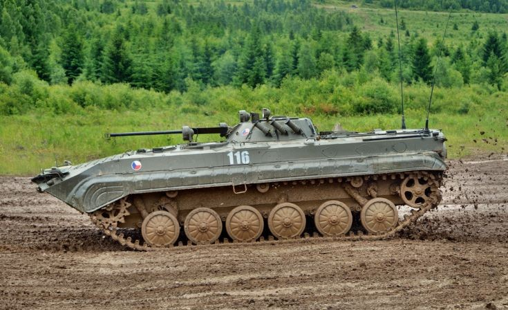 Czech Army´s BMP-2 IFV in action