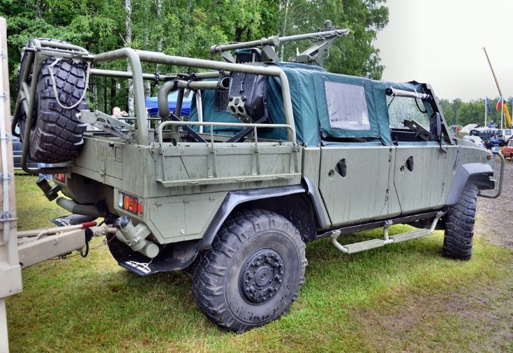 Iveco LMV Commando at BAHNA