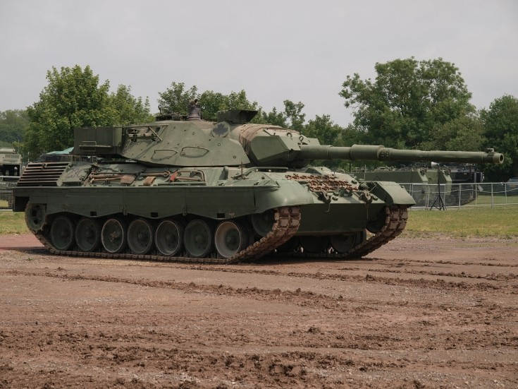 Leopard C2 in England