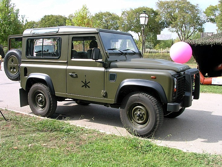 Military Vehicle Photos Land Rover Defender 90 In Portugal