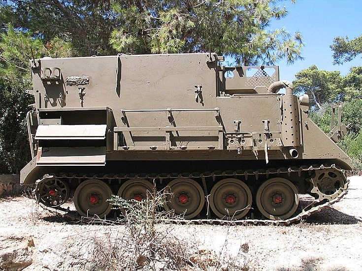 M577 Command Post Carrier