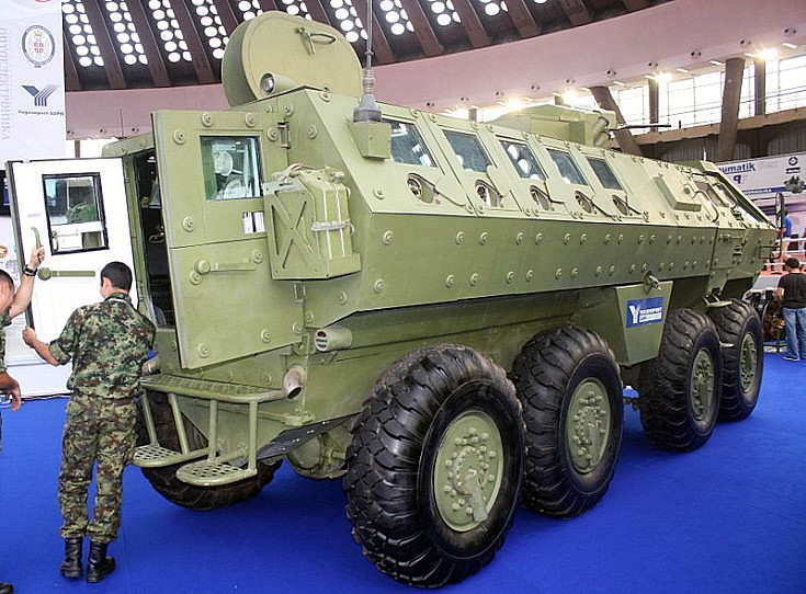 Lazar armored personal carrier