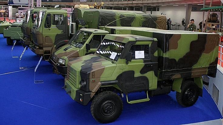 Zastava 40 at Partner 2011 military fair