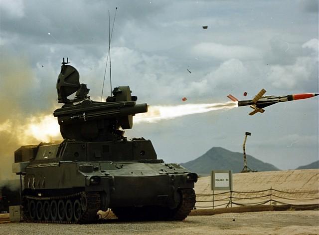 Roland firing rocket