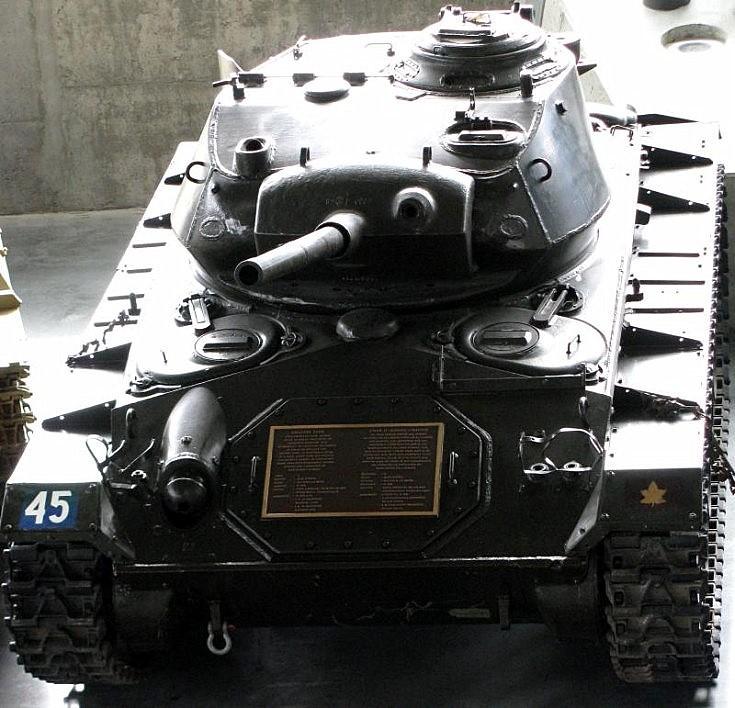 M24 Light Tank - General Chaffee - 1943