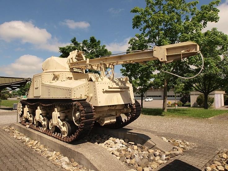 M31 B2 recovery vehicle