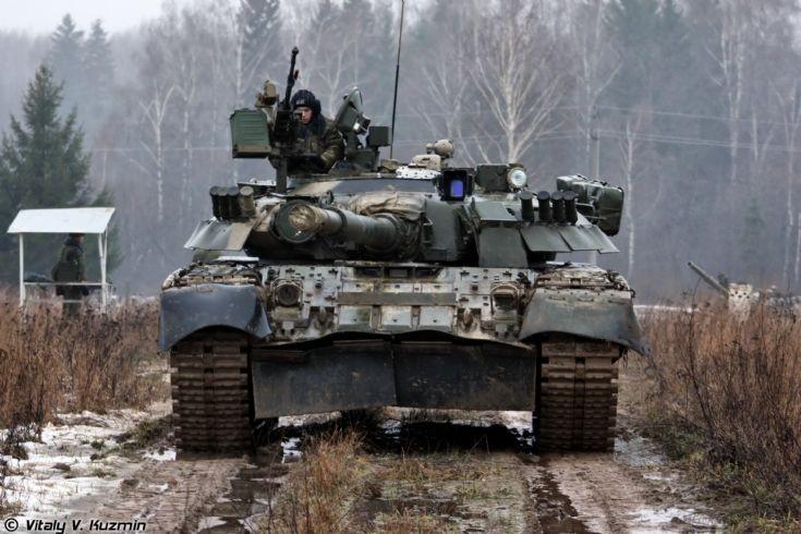 T-80U tank