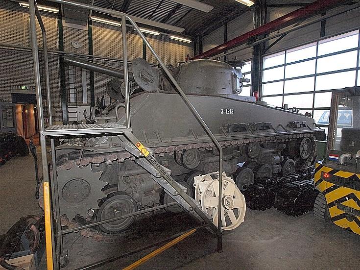Sherman M4 No.341213