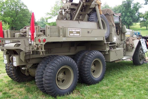 Right side M1A1 1944 WLF 4 ton wrecker