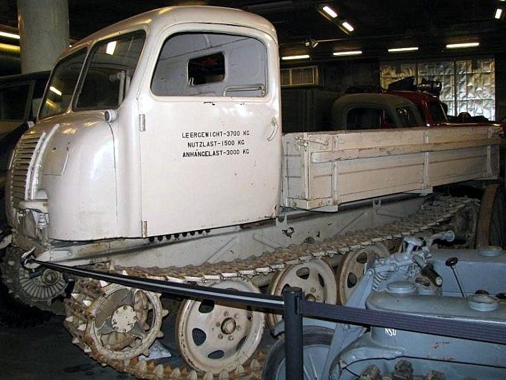 Tracked vehicle